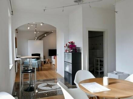 Altstadt - Festungsblick - 78 m² - 2 Zimmer - Wohnen mit Stil