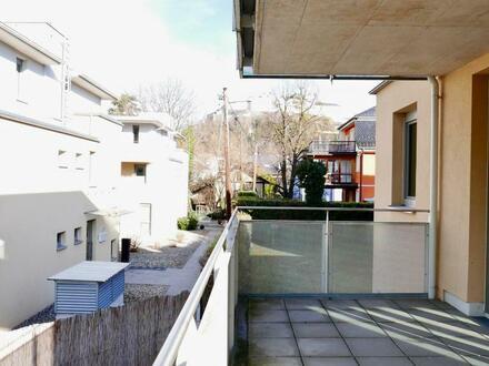 Sonnige und feine 2 Zimmer Terrassenwohnung in Nonntal
