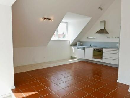 Moderne 3 Zimmer Dachterrassenwohnung mit Fußbodenheizung - Itzling