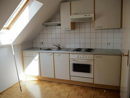 gemütliche zwei Zimmer Wohnung nähe Unipark Nonntal