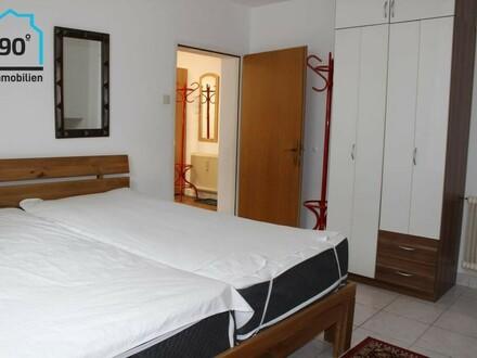 2 Zimmer Souterrain Wohnung in NAWI Nähe