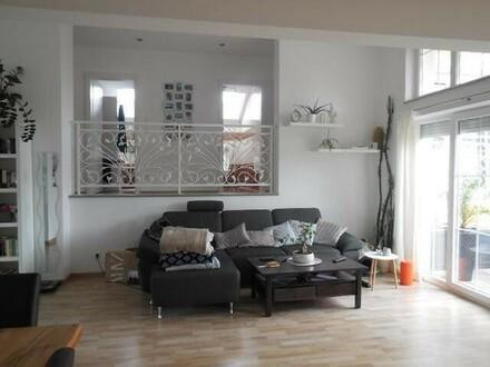 3 Zimmer Dachgeschoß Wohnung mit Terrasse