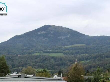 Aigen: Exklusive Dachgeschosswohnung mit 2 Balkonen und 360° Ausblick