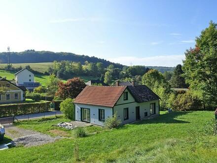 Landhaus in absoluter Grünruhelage mit großzügiger Gartenfläche