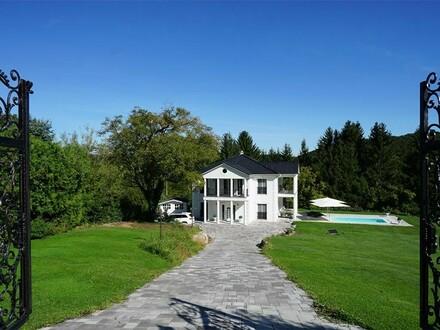 Exquisites Landhaus mit Outdoor-Pool und unverbaubarem Waldblick