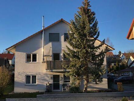 3-Zimmer-Wohnung mit EBK, Kaminofen, Balkon, Gäste WC und Keller