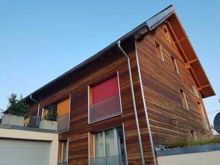 projektiertes Einfamilienfertighaus + Eigentumswohnungen in 72660 Beuren - Energieautark