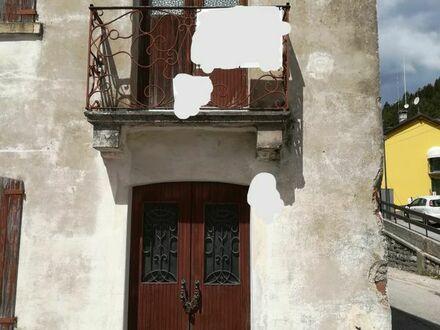 Gebirgshaus in Nord-Italien
