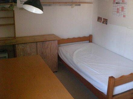 1 möbliertes Zimmer in Karlsruhe-Durlach frei ab sofort, 3 Min zur Straba, 6 Min zur Innenstadt