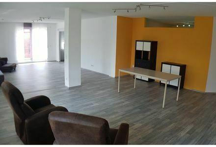 Verkaufe helle 4,5-Zimmer-Wohnung mit Terrasse und EBK in 78588 Denkingen für bis zu 3 Personen