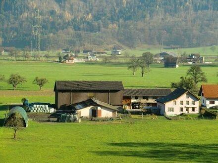 Verkaufe modernen Bauernhof bei Berlin!