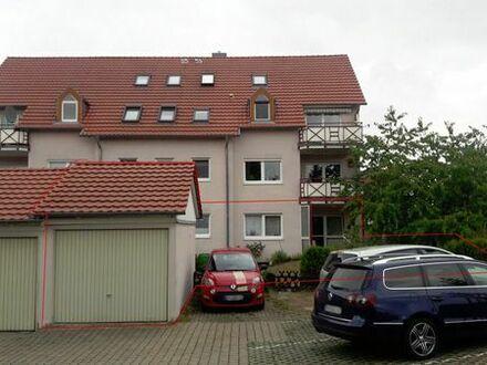 Schöne Eigentumswohnung im Erdgeschoss, Garten, Garage, Stellplatz, behinderten geeignet
