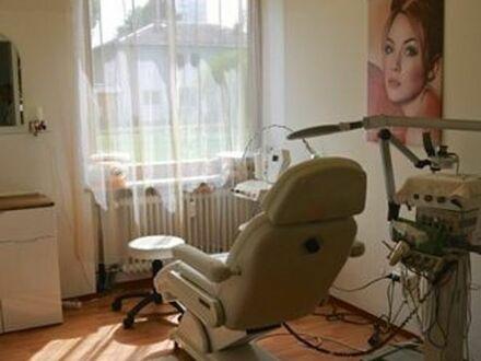 Ein Raum im Kosmetikstudio Mü- Hadern