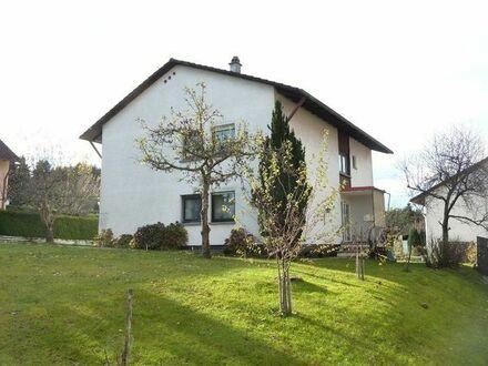 3,5 Zi - Erdgeschosswohnung in Zweifamilienhaus mit Garten in Engelsbrand/Salmbach zu vermieten