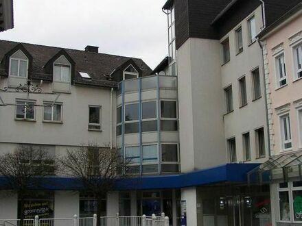 4-Zimmer DG-Wohnung - 4 Monate mietfrei bei Eigenrenovierung!