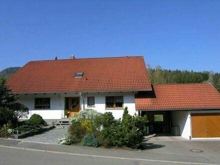 vermiete wunderschöne, am Waldrand gelegene 2,5 Zi. - ELW in Albstadt Laufen