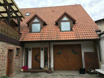 Großes Haus im Herzen von Lachen-Speyerdorf zu vermieten