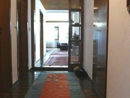 Attraktive Wohnung mit herrlicher Aussichtslage zu vermieten