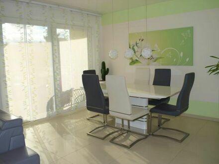 Hochwertige, moderne 4-Zimmer-Wohnung mit großem Süd-West-Balkon und Garten in Steinheim