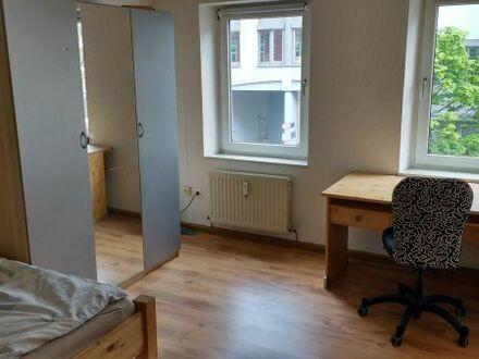 Zimmer in Karlsruhe Weststadt für ein 1-7 Tage zu vermieten