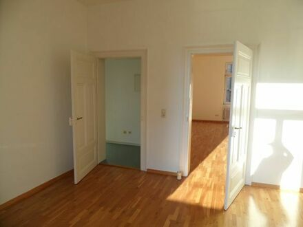Vermiete Altbauwohnung 4 Zimmer, Balkon, Nähe HBF Zoo zum 1.8. 2019