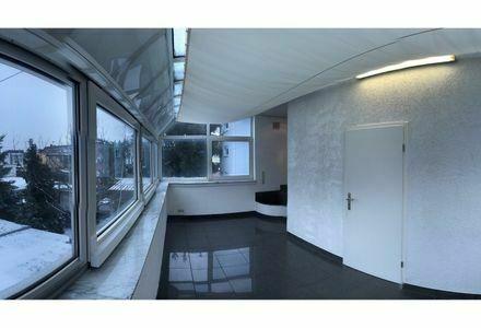Schöne 2,5 Zimmer Wohnung in Lu-Oppau