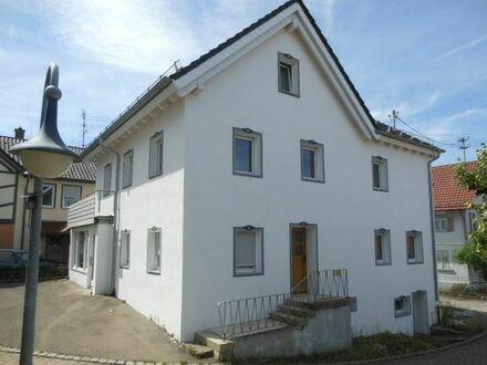 Ausbauhaus mit viel hellem Wohnraum mitten im Herzen von Ostrach.