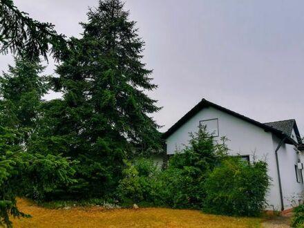 IHRE CHANCE - schöner, gut gelegener, familienfreundlicher Winkelbungalow mit großem Grundstück