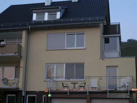 Zur Angebotsübersicht Freundliche 4-Zimmer-Wohnung in Esslingen für 2 Jahre zu vermieten