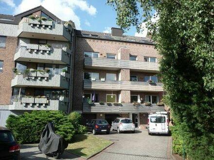 Schöne 4 Zimmer Dachgeschosswohnung in Neuss Grimlinghausen