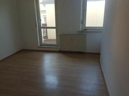 1,5 Raum Wohnung mit Balkon nähe Krankenhaus