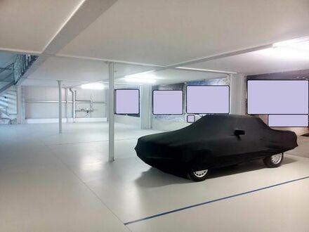 Großer Fahrzeugstellplatz (keine Tiefgarage, nicht für Wohnwagen)