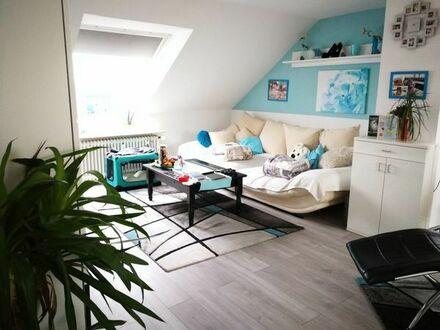 Schöne große helle Dachgeschosswohnung in ruhiger zentraler Lage in Dannstadt Schauernheim