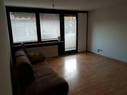 3-Zimmer-Wohnung Süd-West-Lage mit Balkon, Tiefgaragenstellplatz, Aufzug und Rundum-Service