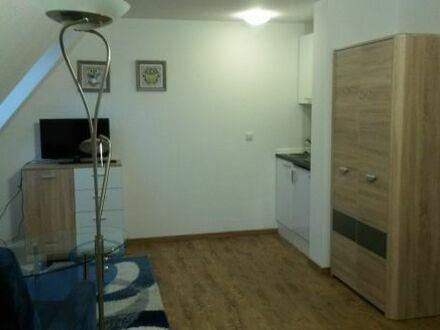 Vermiete zum 01.08.2018 möbliertes Zimmer in Renningen ideal für Pendler, Praktikanten