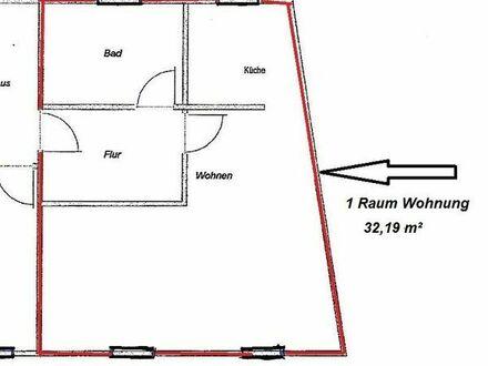 1- R- Wohnung im DG, Zentrumsnah, frisch nach Sanierung