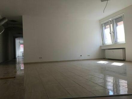 Luxuriöse 3 ZKB Wohnung oder Büroeinheiten in 1A Lage!