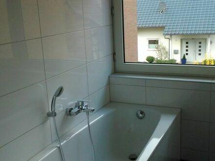 5 Zimmer-Wohnung mit Wohnküche, Terrasse, eigenem Garten, Gäste-WC und PKW-Stellplatz