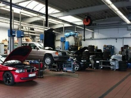 Geflegte Werkstatt in Top Lage zzgl. zwei Garagen