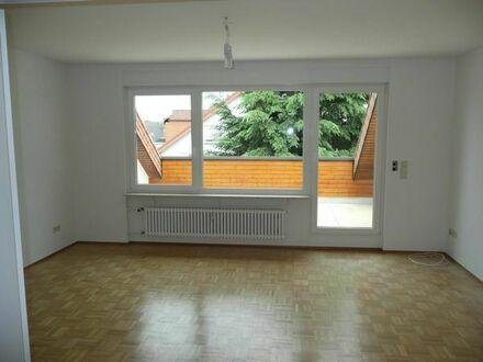 Schöne (Dach)Wohnung - Zentrale Lage - Ruhiges Umfeld - Provisionsfrei in 69214 Eppelheim