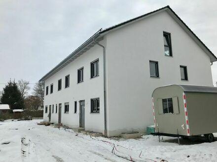 Reihenmittelhaus in Prittriching zu vermieten. ideal für München/ Augsburg Pendler. Erstbezug. KfW55