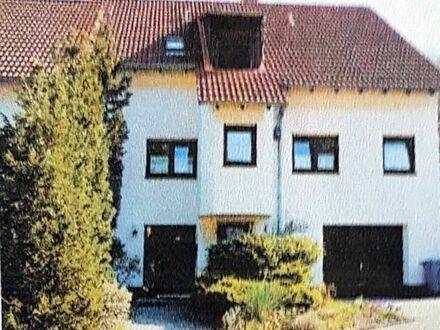 Doppelhaushälfte mit Garage, Garten und Teich, renoviert, frei ab 1.1.2019
