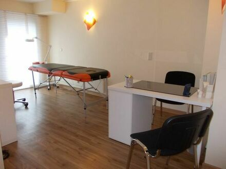 Praxis, Büroraum, Beratungsraum, in Gesundheits-Zentrum in Bonn 21 qm, stundenweise Nutzung
