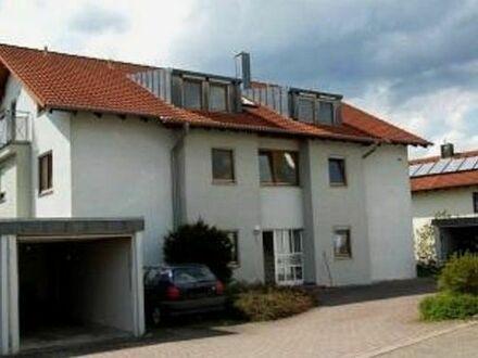 Schöne 2 Zimmer Wohnung, 60 qm, Abstellraum, Stellplatz etc.