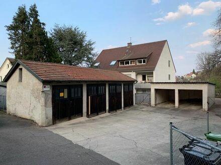 Abgeschloßene (Lager)-Garage Stuttgart Ost mit großem Tor (Nummer 1)