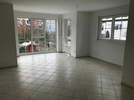 Provisionsfreie ETW 3 Zimmer ca. 90qm Dachau zum Verkaufen in TOP Lage, Gäste WC, Vorratsraum