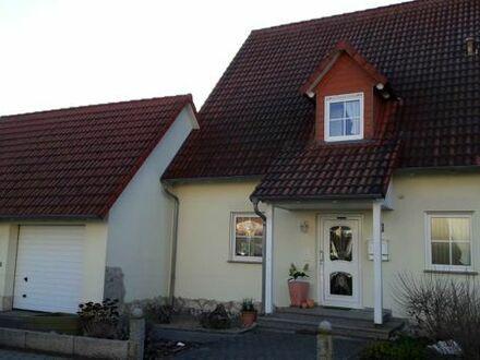 Doppelhaushälfte Bj.1999 mit Garten und Süd Terrasse in Haßfurt - Wohngebiet Osterfeld