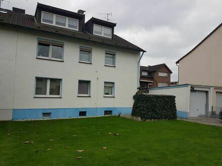 3 Zimmer Erdgeschoß Wohnung mit Garage + großem Garten