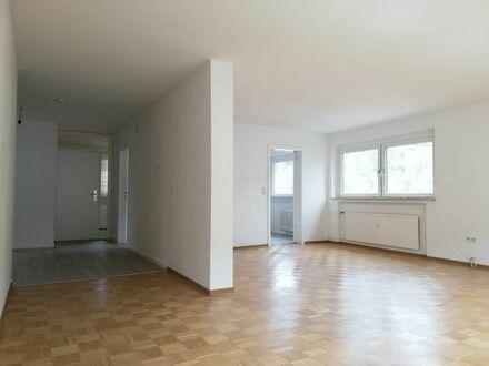 Schöne helle 3-Zimmer-Wohnung mit Terasse und Kamin in Wildberg mit schöner Aussicht