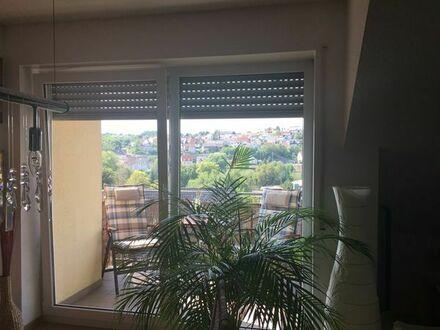 2,5 Zimmer-Komfortwohnung: Auf 63 m2 Wohnen mit Balkon und Lift